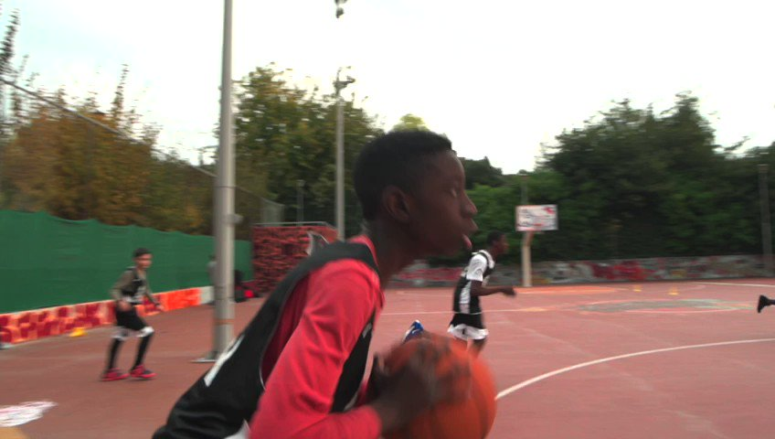 Be the change! #AntetokounbrosAcademy https://t.co/mommWEPedE