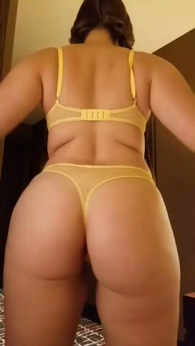 Want Nude Twerking?  https://t.co/UNRfmxqpvZ‼️ Comment & Retweet For Your Chance To Win A Free 3 Day