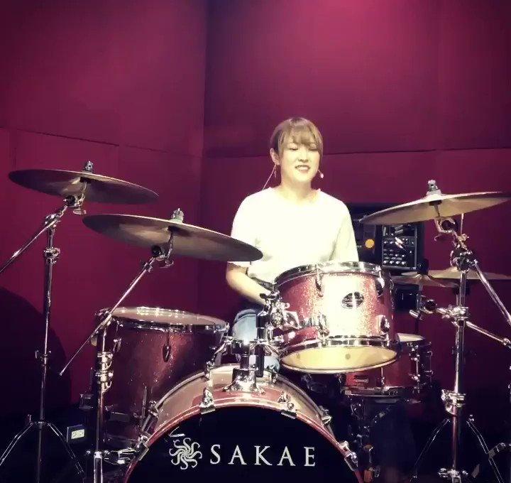 TOKYOグライダー / Juice=Juiceこの手の曲が大好き🤤そしてJuice=Juiceも大好き演奏しててすごく楽しい…!#ドラム#叩いてみた
