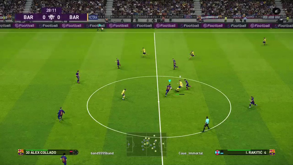 Surrounded? No problem #messi #goal #PS4share #pes2020 @officialpes #barca #psg #madrid #juv #napoli #suarez #bayernpic.twitter.com/uelcCzP0lL