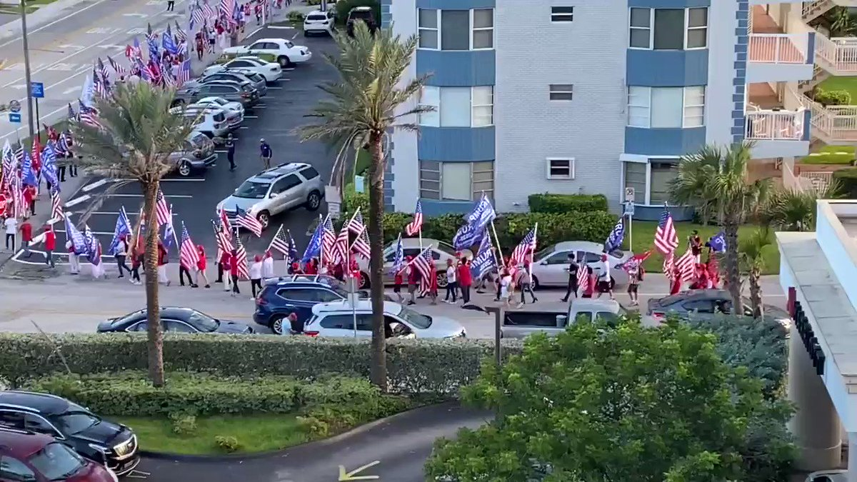 Vietnamese for Trump Rally in Pompano Beach FL 🇺🇸 It's going to be a Landslide! #Trump2020Landslide