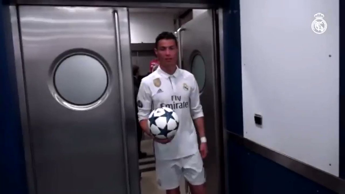 """""""Ronaldo doesn't care about his teammates""""  """"Ronaldo is a selfish guy"""" """"Ronaldo only cares about himself""""  Meanwhile Ronaldo congratulating the entire team after scoring a hattrick in the Champions League Semi-Final.  https://t.co/5PazDOsuMk"""