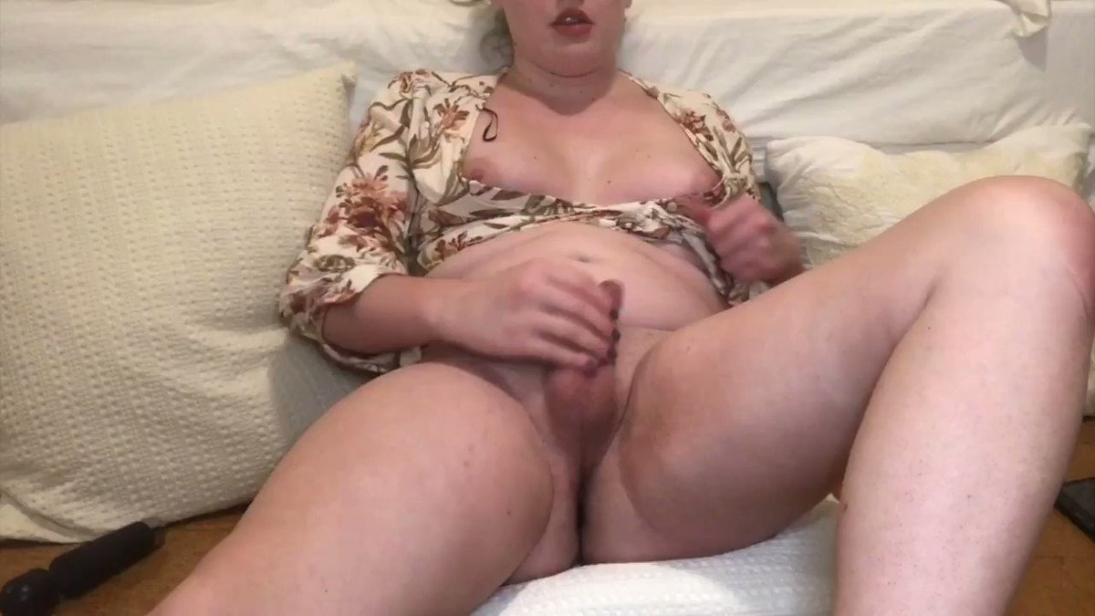 see the full finish on my onlyfans 😈 onlyfans.com/transgirlholly