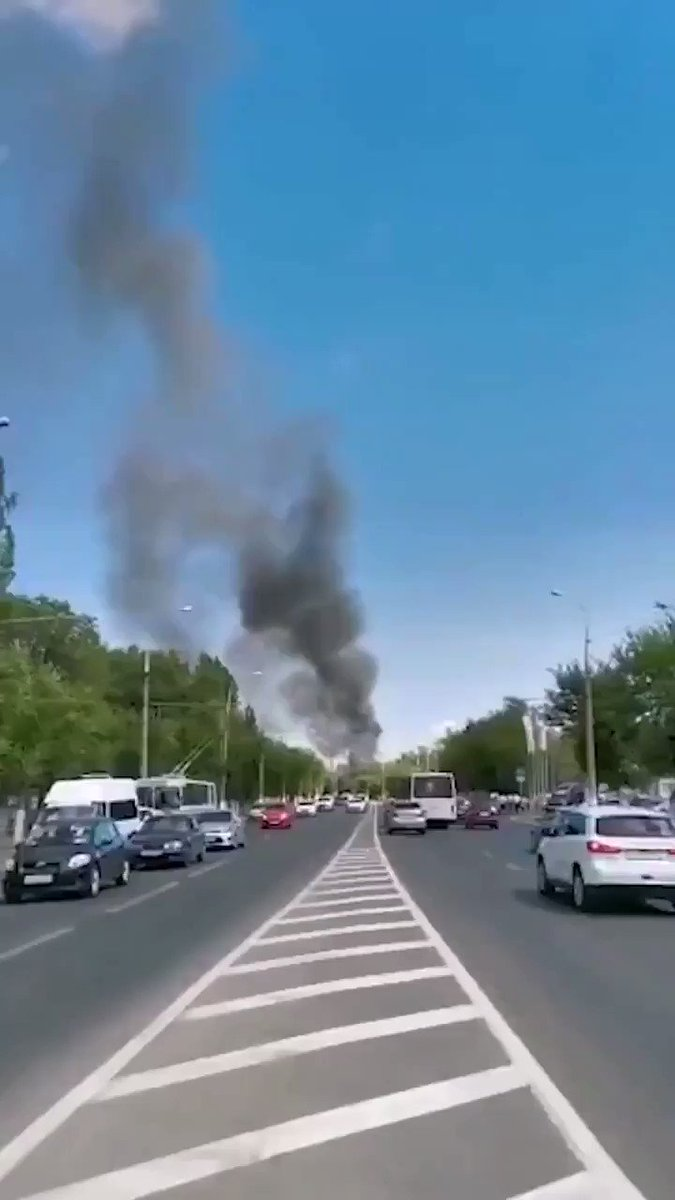 #BREAKING [🇷🇺#RUSSIA] At a gas station in #Volgograd, a massive explosion occurred.   12 people so far have been injured.  #HotSummer 2020 https://t.co/AObt02h38C