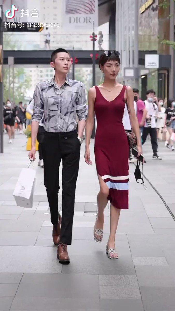 Hey guys do u miss us!#couplesgoals #fashionblogger #styleblogger pic.twitter.com/jswIgrErhm