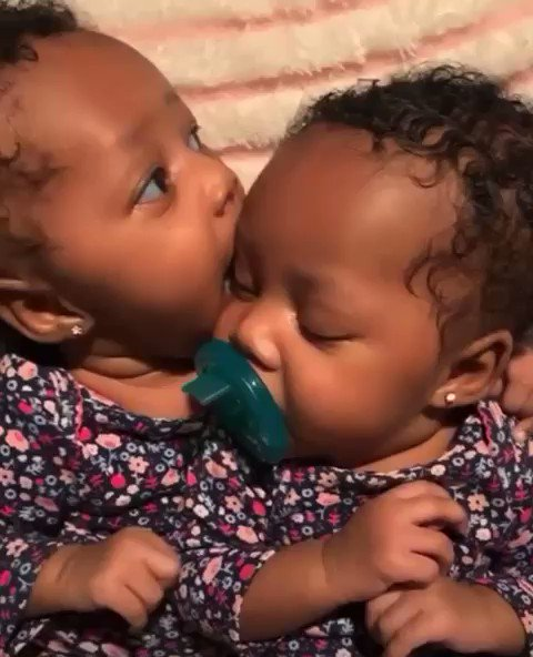 Who else just loves twins?? 😍🥺😍😍👭🏽
