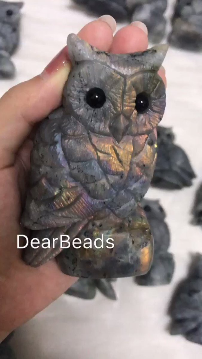 Carved labradorite owl with black obsidian eye  It takes long time to make these beauties!   #stone #labradorite #labradoritejewelry #labradoritestones #handmadejewelry #diyjewelry #diyjewelrymaking #diyjewellery #handcrafted  #bijoux #bijouxcreateur #bijouxcréateurpic.twitter.com/QgqFZTRXzf