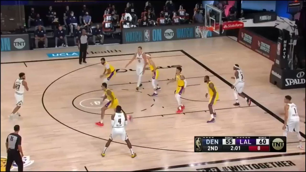 Paul Millsap drives the lane and dumps a great little pass off to Torrey Craig on the back cut for the layup #Nuggets #MileHighBasketball https://t.co/I5XEFGjjAf