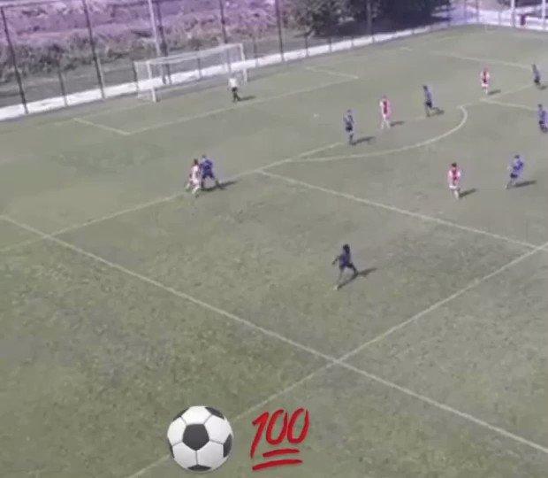 Jaydon Banel scored a very good goal as well! 🔥🎯 #AjaxU17 #AjaxYouth