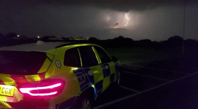 Impressive lightning display in the sky above @bhx_official this evening ⚡⚡⚡
