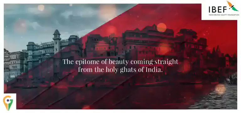 With vibrant colours derived from organic dyes, #BanarasiSarees are a perfect choice for #Sustainablefashion.  #VocalForLocal #BrandIndia #Vocal4handmade #GI @indhandloom @TexMinIndia @MEAIndia @smritiirani @PMOIndia https://t.co/hia4VsecYK