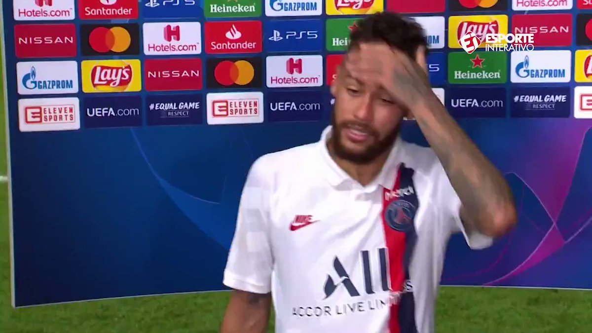 """PENSARAM QUE IRIAM DEIXAR O PAI OFFLINE, MAS O PAI CONTINUA ON""                             - NEYMAR JÚNIOR https://t.co/gu30rQel40"