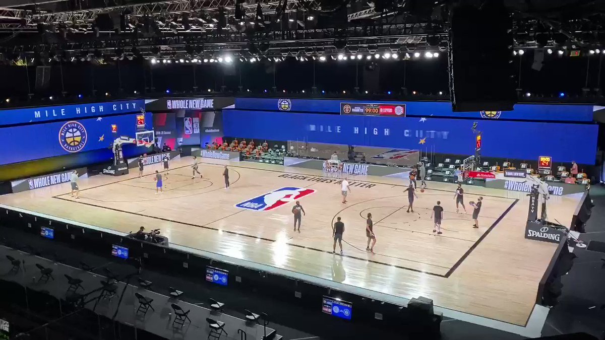 A day after Dame Lillard dropped 61, the Clippers and Nuggets are warming up with Dame D.O.L.L.A.'s GOAT Spirit playing in AdventHealth Arena. Pretty, pret-ty, pret-tay good https://t.co/DtrP2dp1Pz