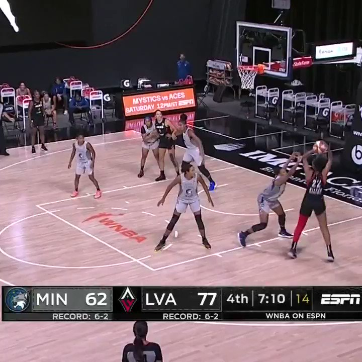 💨 Coast-to-coast @crystald2_   @LVAces 77 - @minnesotalynx 68 with 5:30 left in Q4 on @espn https://t.co/cAFaTsaOw2