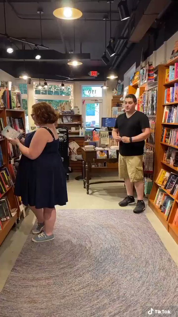 Don't worry--no marriages were harmed in the making of this #BookstoreRomanceDay #bookstoreproposal video 😂 @taylorswift13 #TaylorSwift