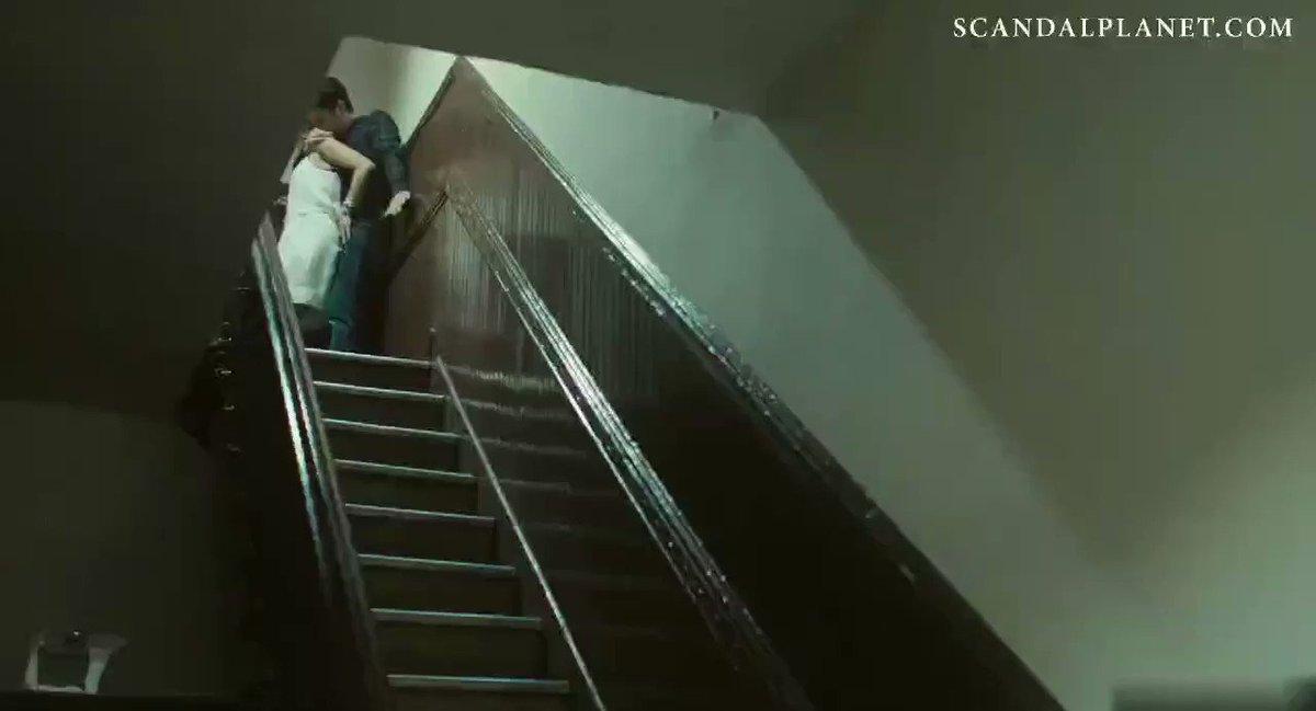 🇹🇷 𝐀𝐥𝐥𝐲 Kiss 🇹🇷 120K - Kiz arkadasini apartman boslugunda beceriyor😛 Film adı linkte...  ⏬To watch full movie ⏬ ♥️👉https://t.co/TlgqfZO3bQ