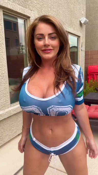 Get a fun video of me talking smack to your friends in your fantasy football league or even let me join