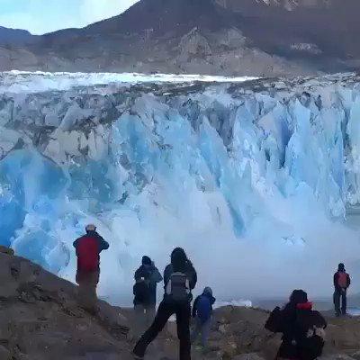 Biafo Glacier outbursts in Hispar Valley District Nagar Gilgit Baltistan Pakistan. #Biafo #glacier #HisparLa #Nagar #globalwarming #ClimateChange #tourderakaposhi @GermanyinPAK @oswaldrp @CarlosGarranzo @RosieGabrielle_ @GBPolice1422 @AlexTxikon @gilmour_wendy https://t.co/zlEcLPArZ3