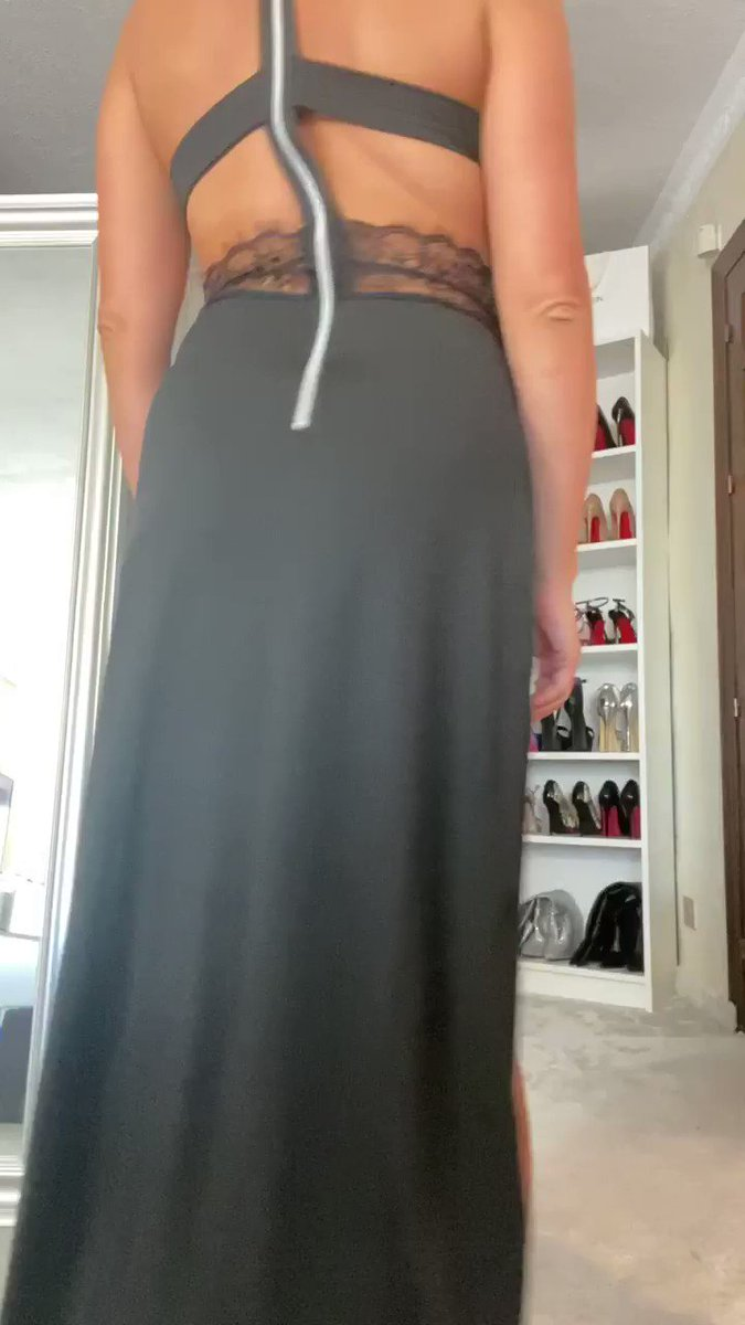 Model - KateVixxen heels