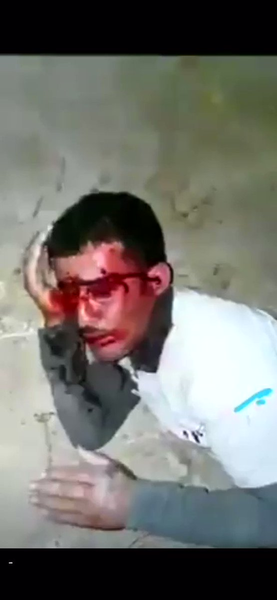 Graphic content: Israeli police brutally attack a Palestinian worker.