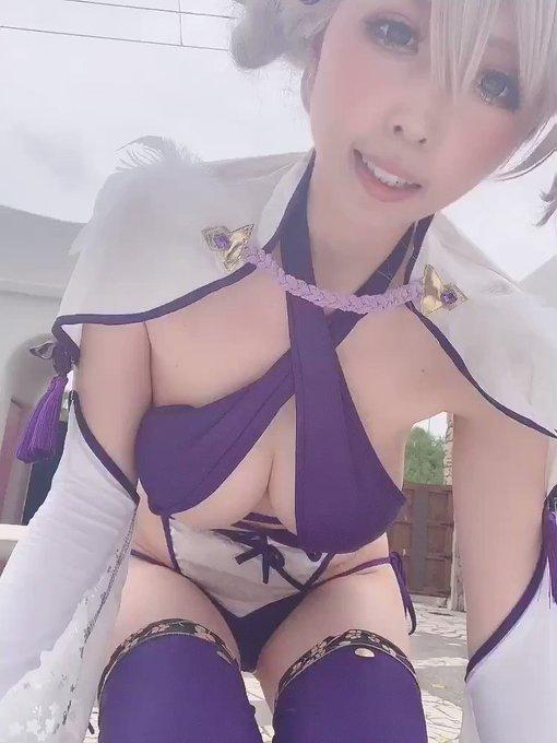 コスプレイヤー桃色れくのTwitter動画2