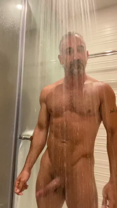 You should swing over to my Onlyfans. 😉😈 ONLY $5 https://t.co/nHyD8omNbd #wetwednesday #daddy #dilf #hunk