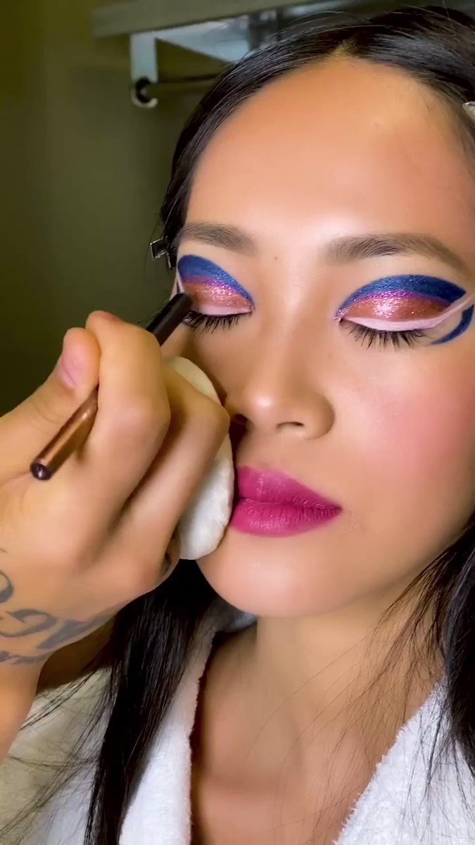 FEAST YOUR EYES ON THIS FIERCE GLAM 👀 @manthony783 created this fantasy using EYE-DENTIFY GEL PENCIL #EYELINER in shades: 🖋Denim Rebel (Blue with Silver Pearl) 🖋Pride (Violet With Pink Pearl) 🖋Antique Rose (Metallic Rose Gold) 🖋Open Wide (Matte Pearl Pink)