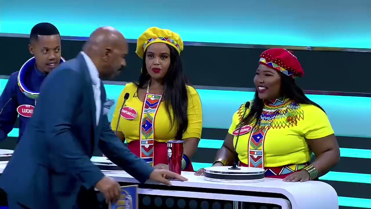 Oh, your daddy got two wives... Oh, come on pimp 🤣😂😆 @FeudAfrica #FamilyFeudAfrica