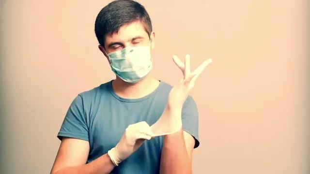 Image for the Tweet beginning: Koronavirüse yakalanan birisine nasıl bakarsınız?