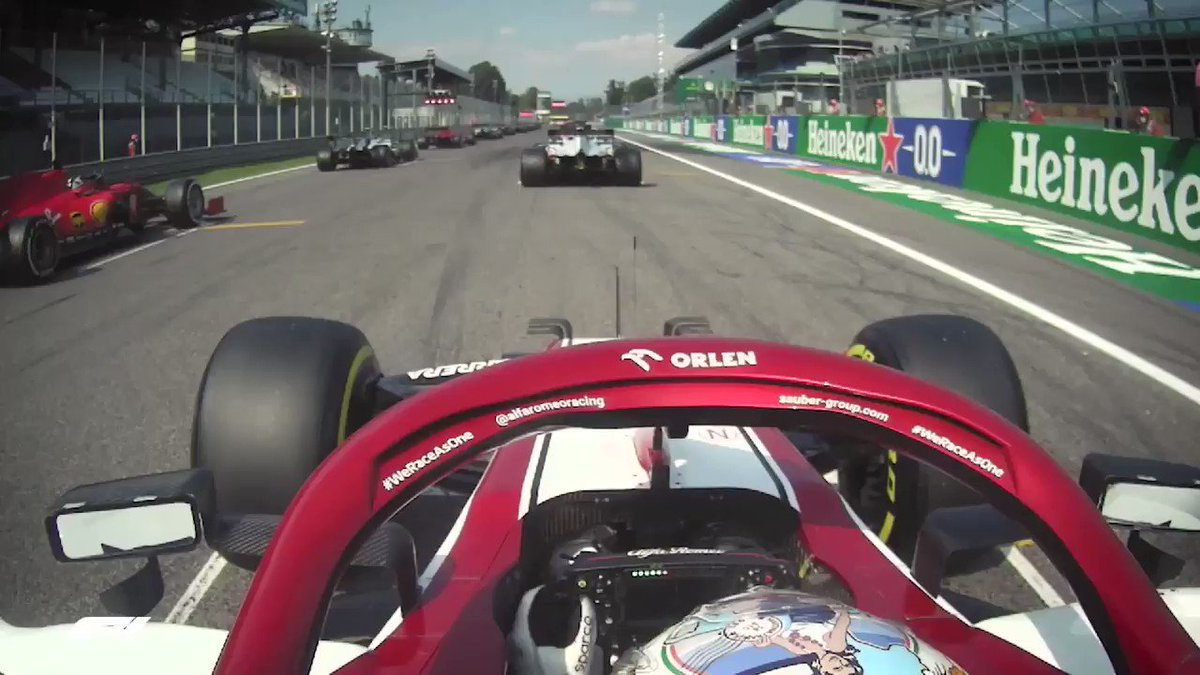 Every moment is an opportunity to make a change💥 #AG99🐝#ItalianGP #AlfaRomeoRacing #NoPlaceLikeMonza https://t.co/zeBt8oxdFV