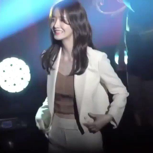 """私が韓国に興味をもつようになった""""ユナ様""""が""""ブラックピンク""""を踊ってるなんて…🥺おねぇさんになってもいつまでも綺麗ですオンニ😭💓"""