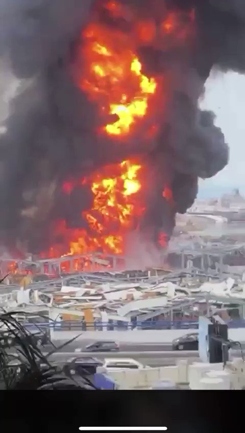 Five weeks after the massive explosion that ripped the city apart, the port of #Beirut is burning again. #Lebanon