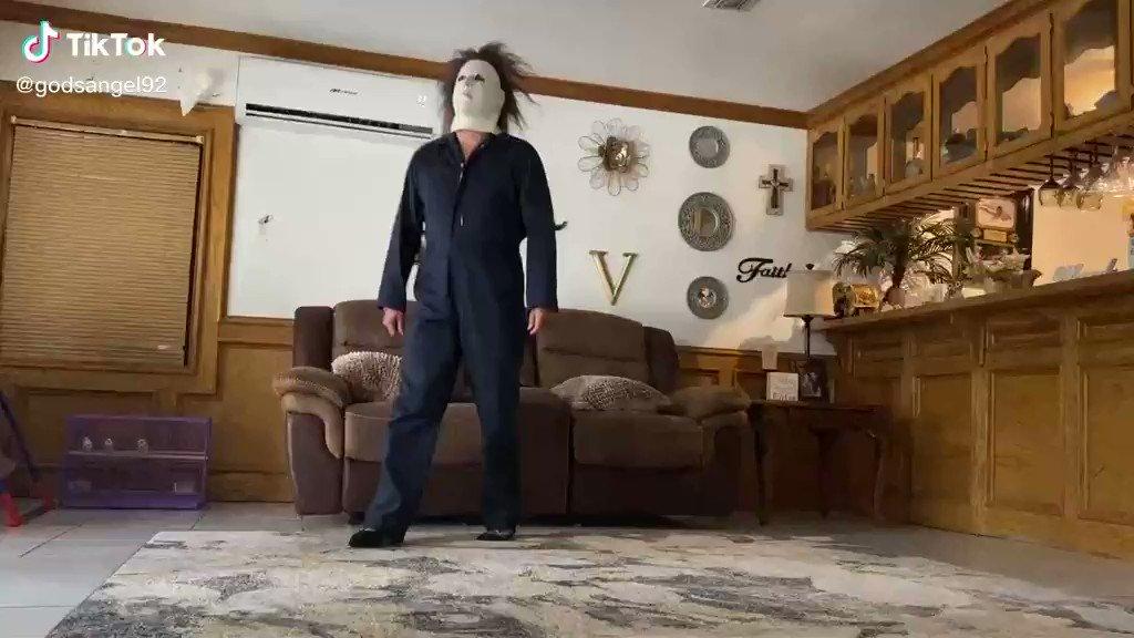 spooky szn is here
