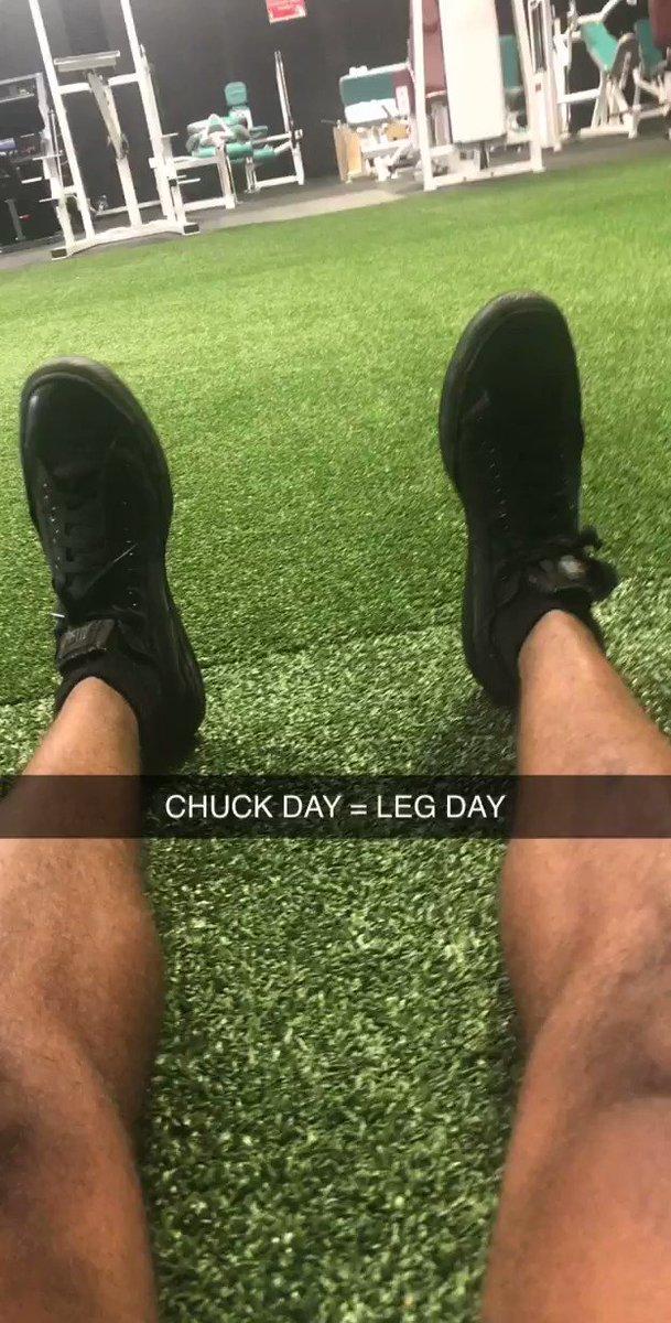 LEG DAY VIBES #ChuckTaylors