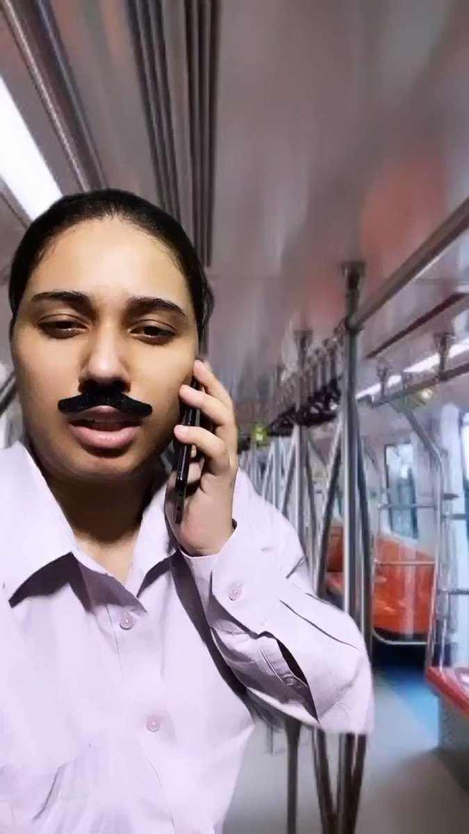 Replying to @salonayyy: Live scenes from Delhi metro