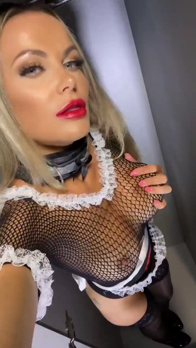 It's sub Saturday !! You know what to do hehe 💋💋   https://t.co/AOyT7s9fT1   #onlyfans #frenchmaid #roleplay