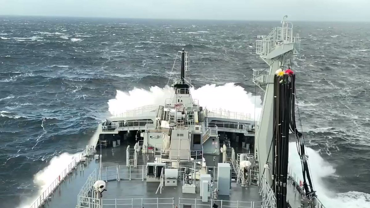 The North Atlantic can get a little lively but nothing stops 40,000t of Fleet Tanker. #ROYALFLEETAUXILIARY #BIGWAVES @RFAHeadquarters @RoyalNavy