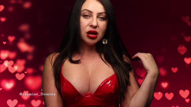 I want you to be my boyfriend. Umm, thats right. My sweet, obeying, submissive little boyfriend. I know you want that too! Follow my lead and fall under my spell.. Im about to take you on a lustful journey. -@Jasmine_Domina ow.ly/34ZL50Bgpdw
