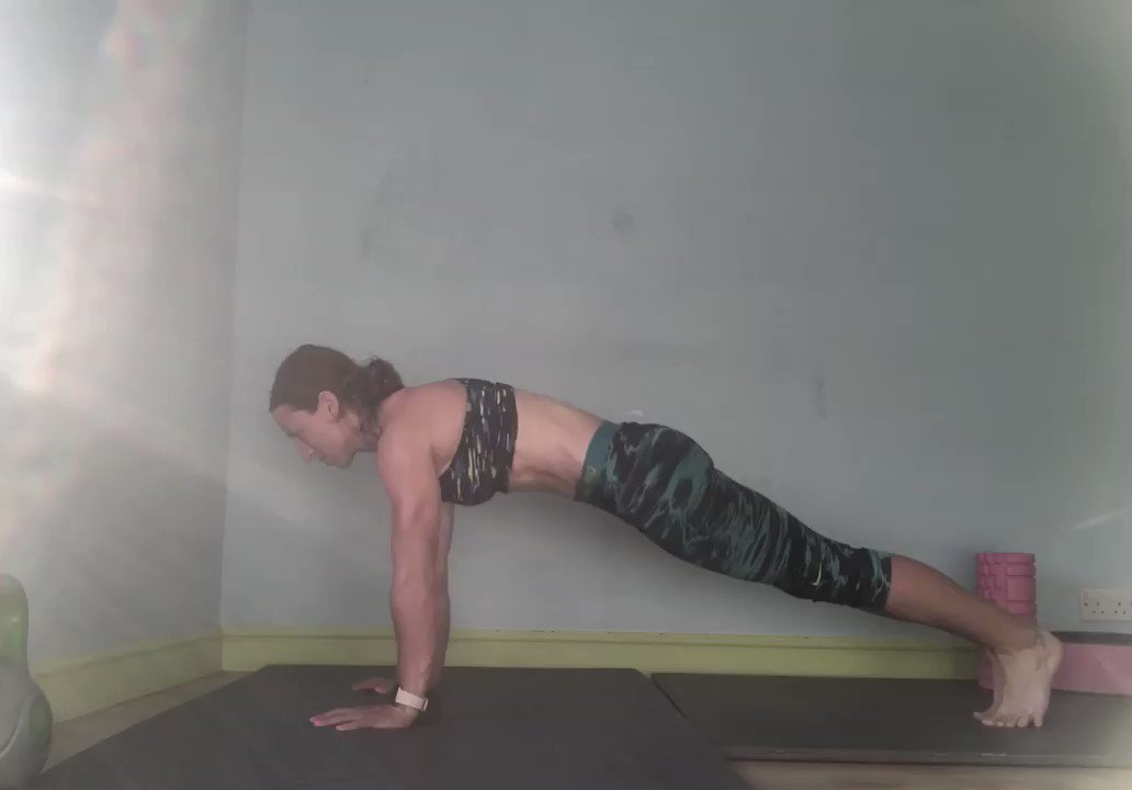 New combo for upper body and abs blast #exercise #hiit #strength #core #combo #abs #balance #yoga #fitness #balance