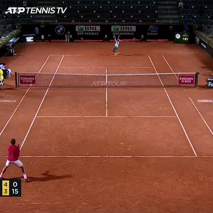 18-year-old 🇮🇹 @lorenzomusetti_ was born the year Stan Wawrinka turned pro in 2002.  Last night in Rome, he beat the 3x Grand Slam champ 6-0, 7-6. How's that backhand 😳 #IBI20   https://t.co/jFNVWabxpH