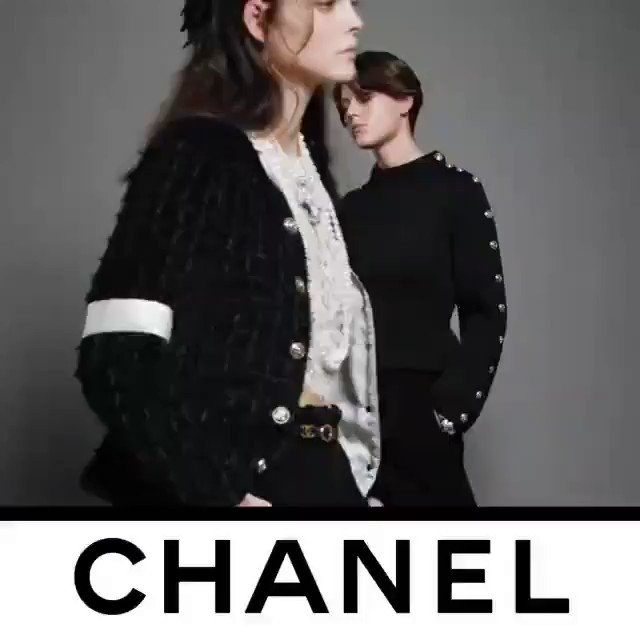 Loving @CHANEL❤The video recorded by Guillaume Delaperriere shows models Vittoria Ceretti and Vivienne Rohner modeling the spirit of CHANEL collection.See the CHANEL Fall-Winter2020/21 Ready-to-Wearcollection that is available in boutiques and at https://t.co/gNb6QVxqgB.❤💕💙💜 https://t.co/DKsNCKvYwv