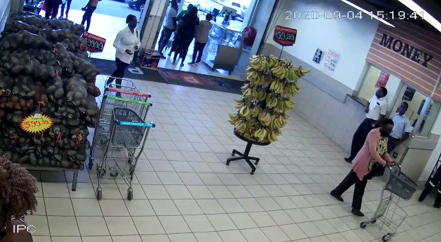 1/ Joana Mamombe's love for shopping betrays her again‼️ Herewith video evidence of MDC activist and Harare West legislator Joana Ruvimbo Mamombe doing shopping when she is alleged to be seriously sick.