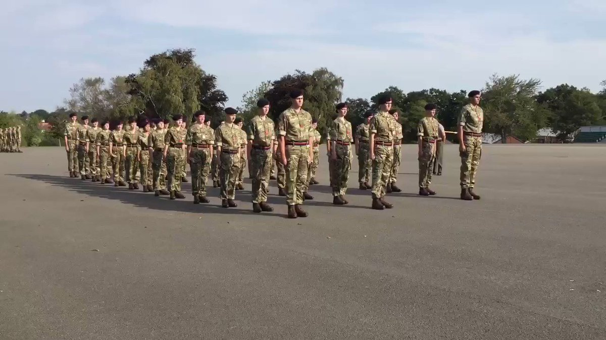 """""""If you don't sacrifice for what you want, what you want could be the sacrifice."""" RM Band Ph 1 Trg Wk 1. Many didn't expect to be doing the activities they are or will be doing as they begin training to be one of the finest military bands in the world. #samecapbadge"""