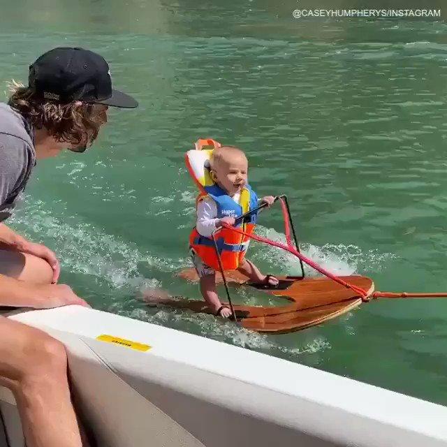 WATER SKIING AT SIX MONTHS OLD. 😱 🎥: caseyhumpherys, minditaggehumpherys / Instagram