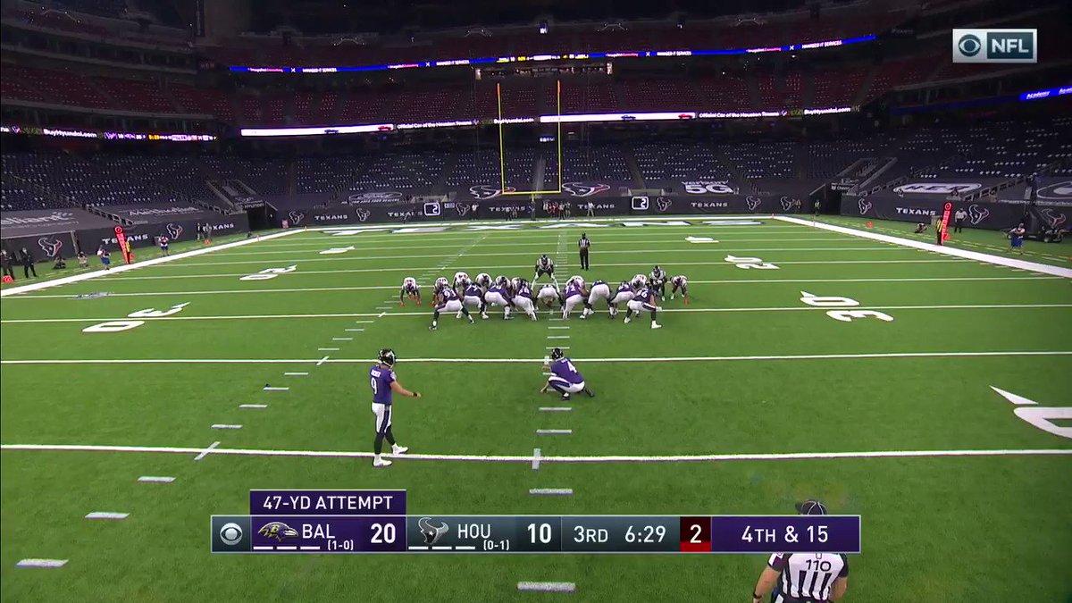 Justin Tucker haciendo cosas de Justin Tucker...gol de campo de 47 yardas y los @Ravens lo ganan 23-10 sobre los @HoustonTexans #NFL #BALvsHOU #RavensFlock