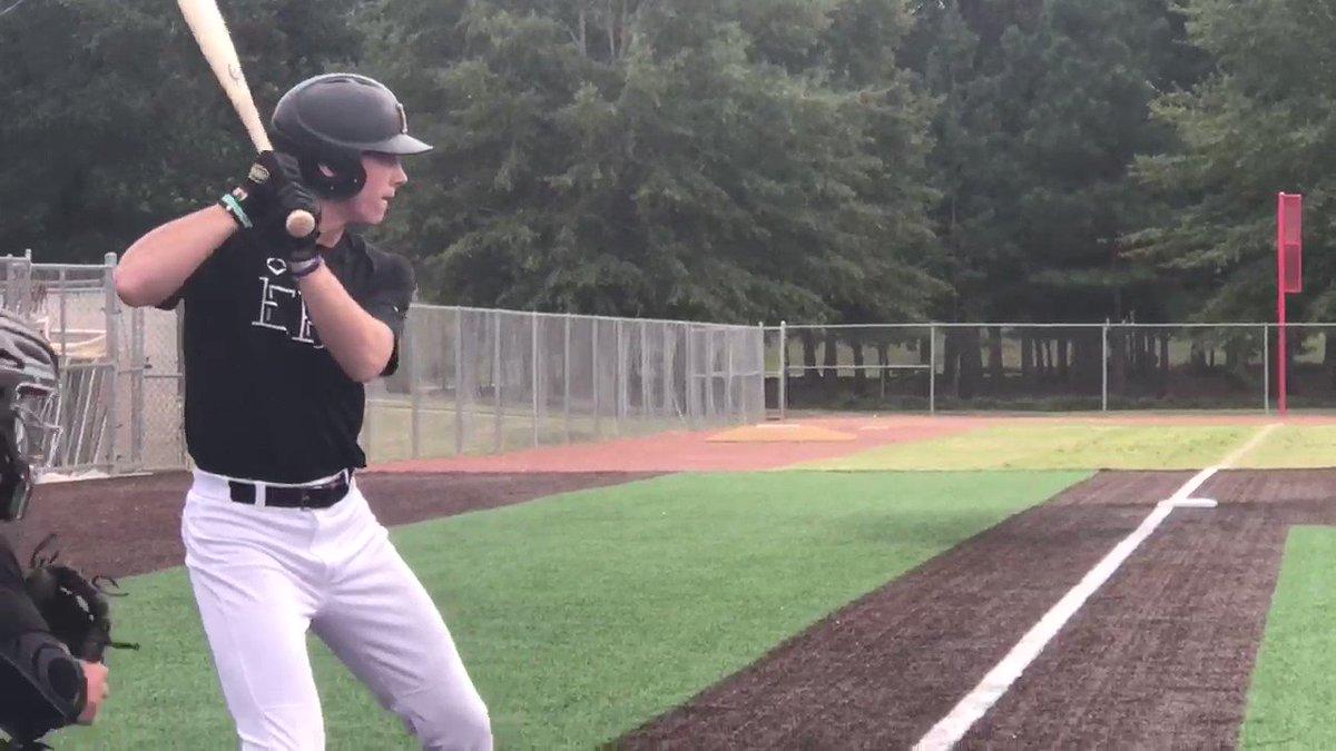 MOON SHOT 🌙💣 Seth Garner (@Sethgarner14) LAUNCHES a homerun for @EasleyBaseballC!💣🔥  Hardin County | 2022 | TN #Uncommitted #2D2021