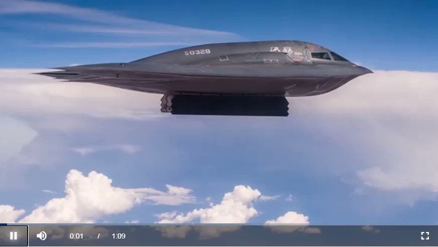 Image for the Tweet beginning: A B-2 Stealth Bomber dropping
