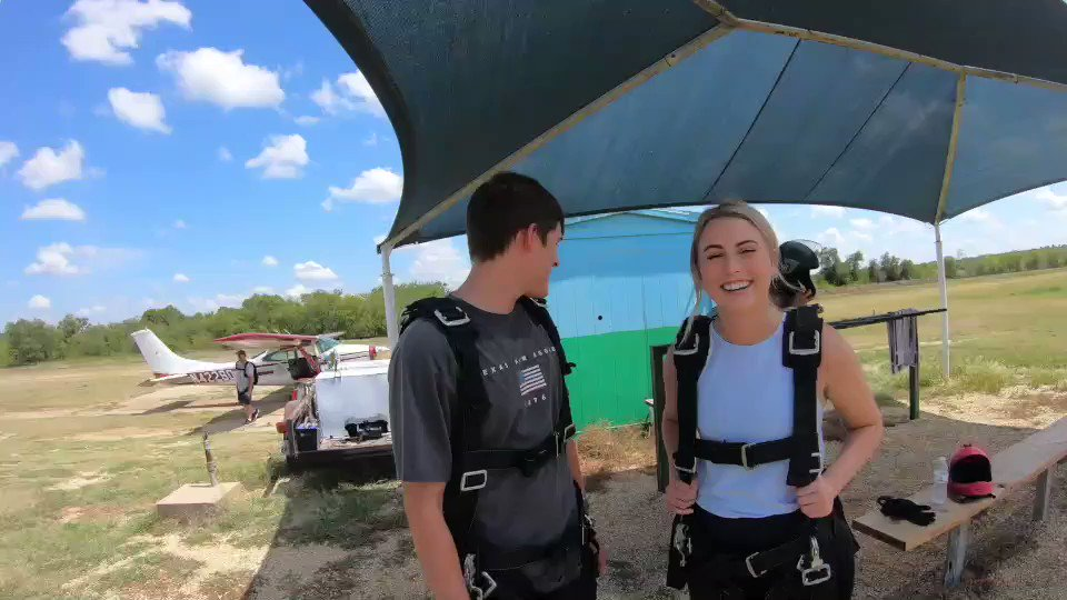 Birthday coming up? Why not go skydiving? Join us for the celebration you will never forget. Book online at https://t.co/3FcVehj2dp. Open 7 days a week all year long. 2 miles up fun with 2 miles down excitement and freedom. #skydive #skydiving #adventure https://t.co/FfxPD9mHY3
