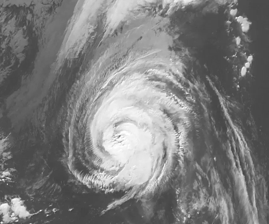 Image for the Tweet beginning: Category 4 #HurricaneTeddy - Position