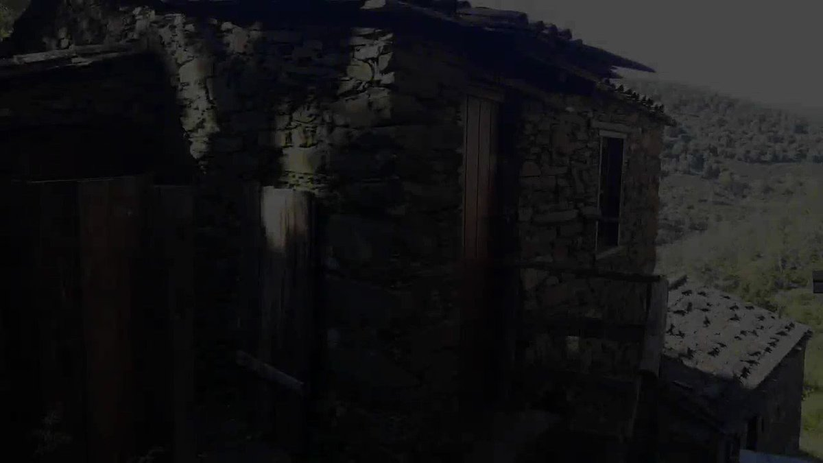 The Schist Villages are small villages lost in a world of timeless trails that connect each village through centuries of history, tradition and landscape.  ➡️ https://t.co/vYJJRBPWRu  #portugalA2Z #portugal #adventure #holidays #vacation #visitportugal #cantskipportugal #nature https://t.co/aQueDxMC2j